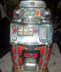 Jennings Light-up Chinese Front Club Chief 10 cent  Antique Slot Machine