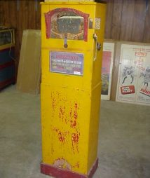 Rare Mystic Mirror Fortune Arcade Machine