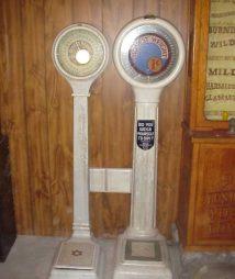 Vintage Penny Porcelain Scales