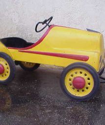 1930's Carnival Ride Kids Car
