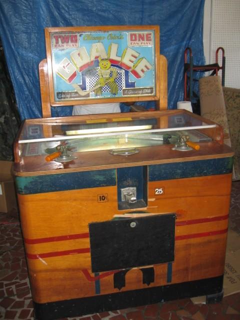 Hersey Park Goalee Hockey Penny Arcade Machine Gameroom Show