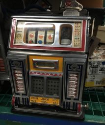 Watling Front Vendor Twin Jackpot Golden Award Slot Machine