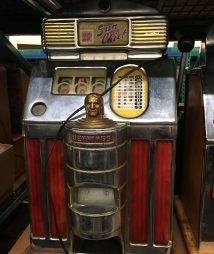 Jennings Quarter Sun Chief Light Up Model Slot machine