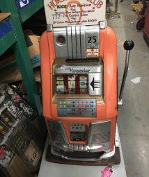 Horseshoe Club Antique 25 cent Slot Machine Las Vegas