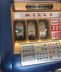 Mills 777 slot machine
