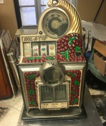 Watling Cherry Front RolATop Slot Machine with Diamond Jackpot