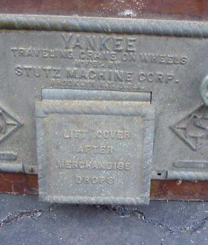 Yankee Traveling Crane on Wheels Machine