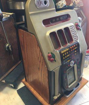 Mills Antique Slot Machine 5 Cent Golden Falls
