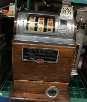 Jennings  5 cent Automatic Counter Side Vendor Slot Machine