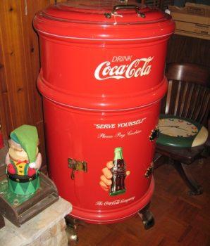 Round Coca Cola Cooler Ice Box Professionally Restored White Frost Mfg.