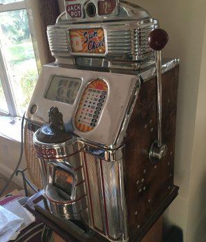 One Cent Jennings Chief Nevada Club Antique Slot Machine