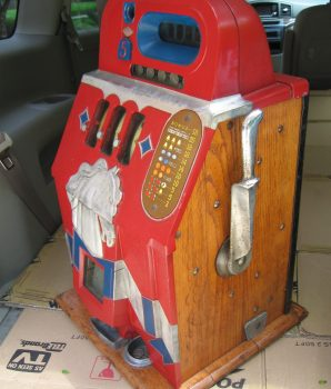 1930's Mills Novelty Horse Head Bonus Antique Slot Machine- Great Original