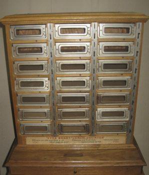 1930's Automat Horn & Hardart Slot Machine Vending