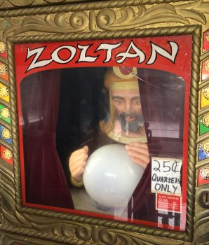 Zoltan Fortune Teller Machine Arcade