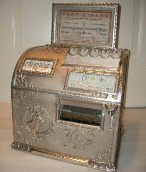 Caille Elk Cast Iron Gambling Machine