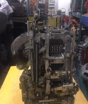 Jennings Chief Prosperity 2 bits Antique Slot Machines Golden Award